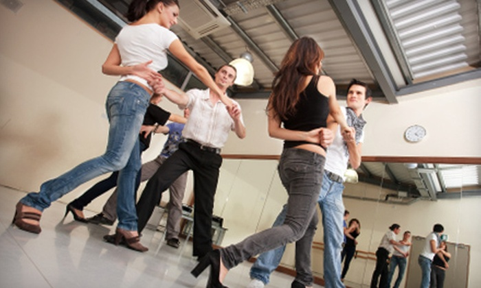 Salsa Kings - University Park: Salsa-Dancing Classes at Salsa Kings. Two Options Available.