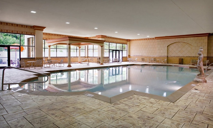Horseshoe Southern Indiana - HORSESHOE SOUTHERN INDIANA: Two-Night Weekday Stay in a Deluxe Room at Horseshoe Southern Indiana in Greater Louisville