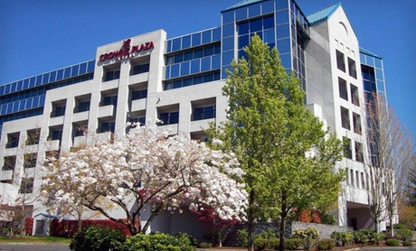 Crowne Plaza Hotel in Majestic Pacific Northwest