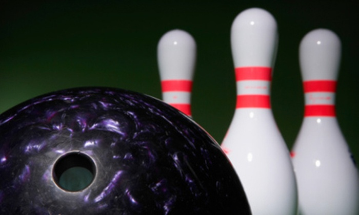 King Pin Lanes - Midlothian: $23 for Bowling Outing for Up to Six People at King Pin Lanes (Up to $87 Value)