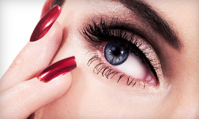 Beauty Gleam by Cristiany - Thousand Oaks: $60 for a Glam Set of Eyelash Extensions at Beauty Gleam by Cristiany in Thousand Oaks ($125 Value)