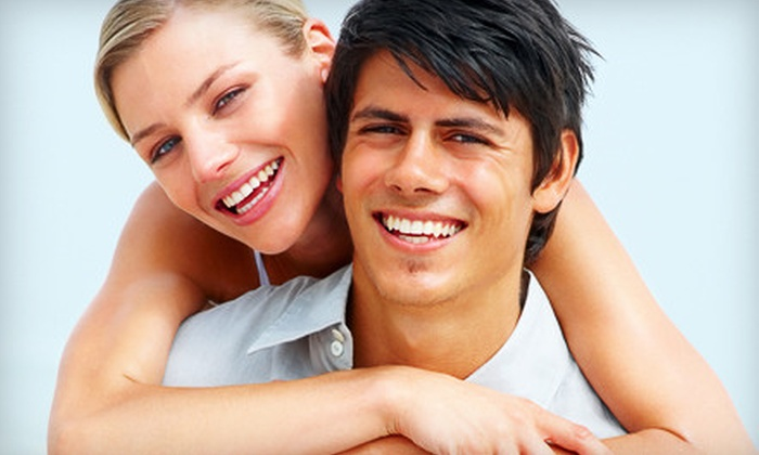 Oakland Green Dental - Pill Hill: $2,799 for Complete Invisalign Orthodontic Treatment at Oakland Green Dental (Up to $6,000 Value)