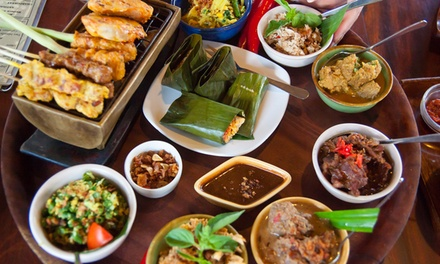 3Course Malaysian Meal + Wine: 2 $36, 4 $70 or 6 Ppl $105, Roti House Malaysian Restaurant Up to $215.30 Value