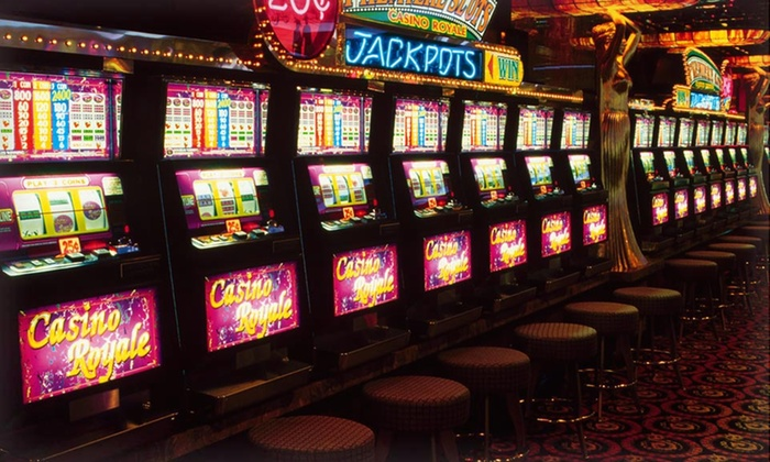 Grand Lake Casino - Grove: 1-Night Stay with Dining and Slot Credits at Grand Lake Casino in Northeastern Oklahoma