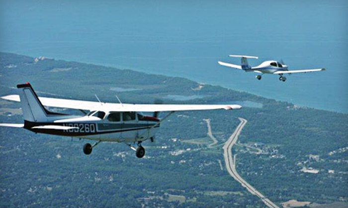 Flight 101 - Waterford: $109 for Introductory Flight Lesson from Flight 101 in Waterford ($200 Value)