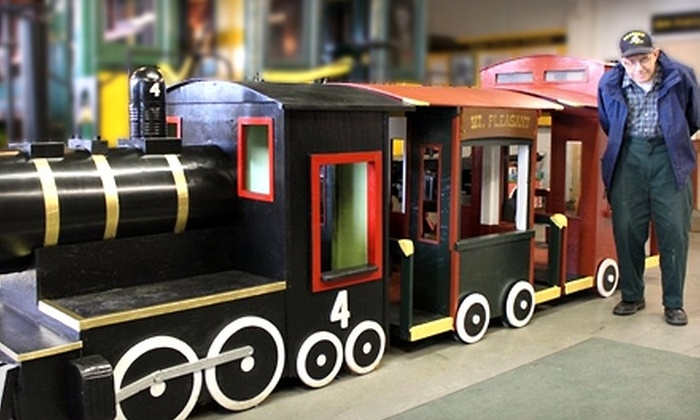 Maine Narrow Gauge Railroad Museum - Portland: $10 for Two Adult Tickets to Maine Narrow Gauge Railroad Museum ($20 Value)
