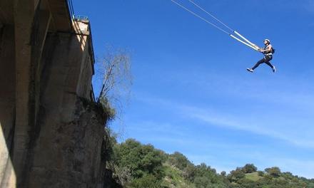 Salto de puenting para 1, 2 o 4 personas desde 19,95 € en Aula Vertical
