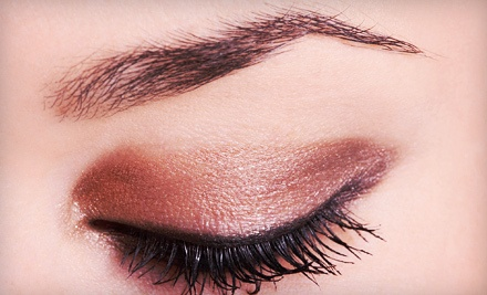 3 Eyebrow Threading Sessions ($24 value) - Desert Rose Beauty Salon in Spring