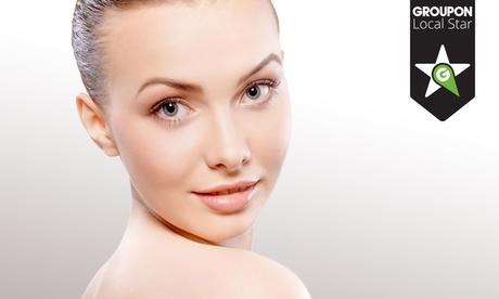 Higiene facial con peeling por 16,95 €, con diseño de cejas con hilo por 19,95 € y con manicura por 24,95 €