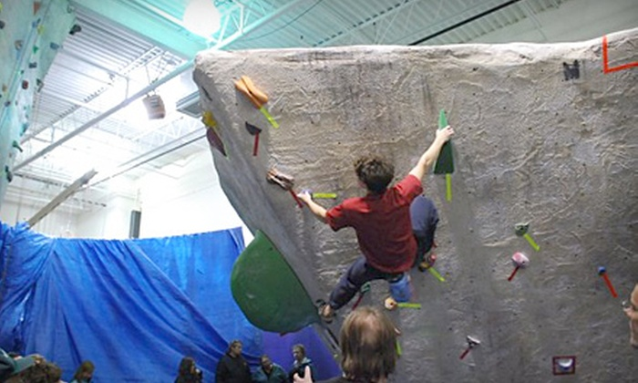 CT Rock Gym - Newhallville: $25 for an Introduction-to-Rock-Climbing Class and a Two-Week Membership to CT Rock Gym ($55 Value)