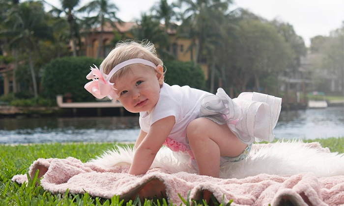 Chelsea's Photography - Fort Lauderdale: On-Location Photo Shoot or In-Studio Newborn Shoot with Images and Video from Chelsea's Photography (80% Off)