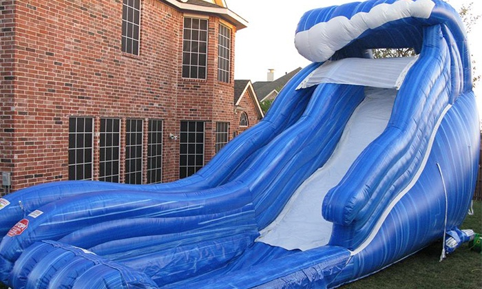 The Waves of Entertainment - Savannah / Hilton Head: $199 for a Water-Slide Rental with a Snack Machine from The Waves of Entertainment ($440 Value)