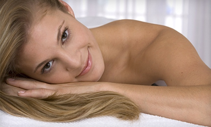 Sportsplex - Old Greenwich: $60 for a 30-Day Membership and Massage at Sportsplex in Stamford ($205 Value)