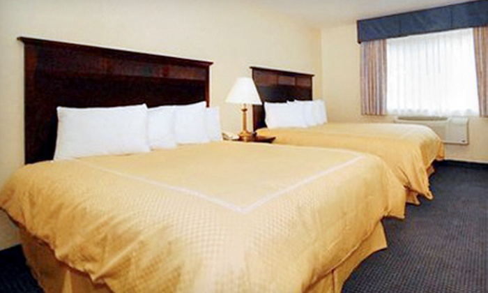 Comfort Suites - Cranberry Knolls: $199 for Two-Night Stay at Comfort Suites in Lake Geneva (Up to $399.90 Value)