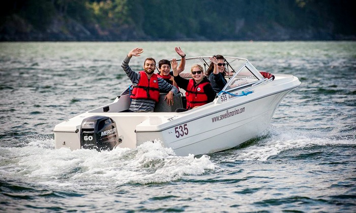 Sewell's Marina - Horseshoe Bay: One-Hour 17-Foot-Boat Rental for Up to Six or a Sea Safari Tour for One (Up to 47% Off)