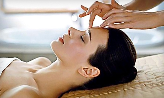 BioBalance Health - Saint Louis: $65 for One Basic Jet Peel Facial Skin Rejuvenation Treatment Plus Hydrating Collagen Cream at BioBalance Health ($135 Value)