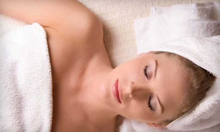 Horizon Massage and Day Spa - Multiple Locations: $65 for a Full-Body Massage, Hand and Foot Scrub, and Hot-Towel Treatment at Horizon Massage and Day Spa ($160 Value)