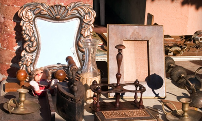World Wide Antique Show - North Washington: $8 for Three-Day Antique-Show Outing for Two at World Wide Antique Show ($16 Value)