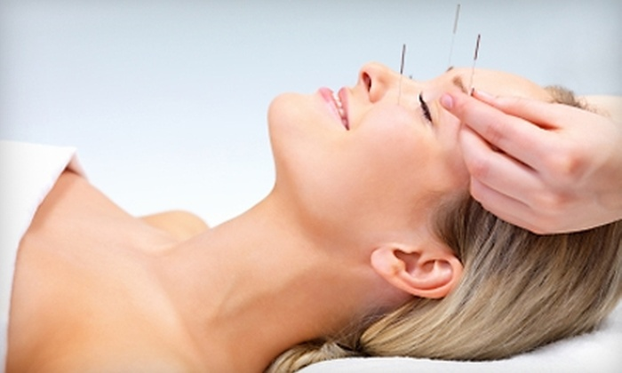 Milwaukee Acupuncture & Health Center - Multiple Locations: $49 for an Acupuncture Session, Detoxifying Foot Bath, and Massage at Milwaukee Acupuncture & Health Center