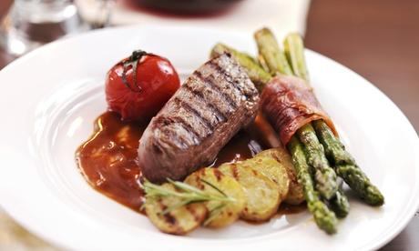 Menú de lomo de vaca con aperitivo, entrante, principal, postre y botella de vino para 2 o 4 desde 29,95€ en Saaron