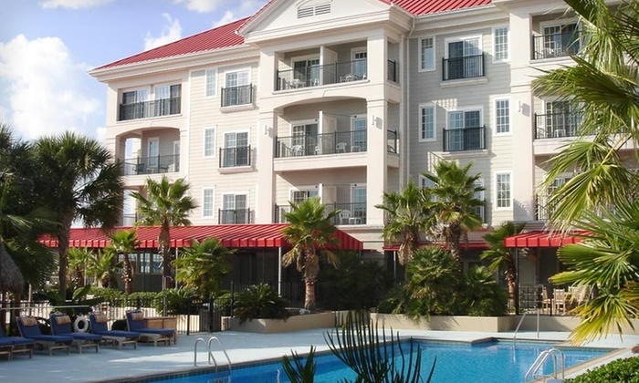 Charleston Harbor Resort & Marina  - Mount Pleasant: Two-Night Stay for Two in a Deluxe Maritime-View Room at Charleston Harbor Resort & Marina in South Carolina
