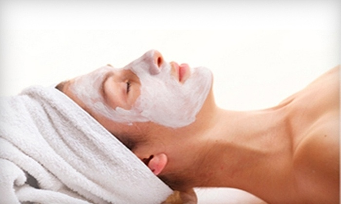 Indulgence Day & Med Spa - Los Altos: $50 for a Choice of Facial Plus a Gold Mask Treatment at Indulgence Day & Med Spa in Long Beach ($106.90 Value)