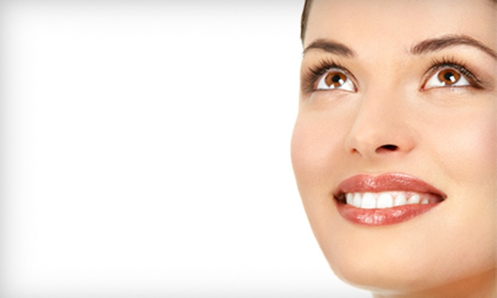 The Center for Cosmetic Dentistry - West Harrison: $129 for Zoom! Teeth-Whitening Treatment at Center for Cosmetic Dentistry in West Harrison ($525 Value)