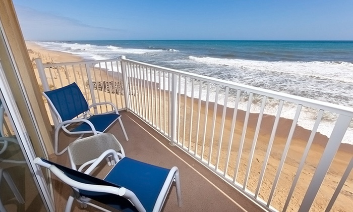 null - Hampton Roads: Stay with Daily Breakfast at Sea Ranch Resort in Outer Banks, NC