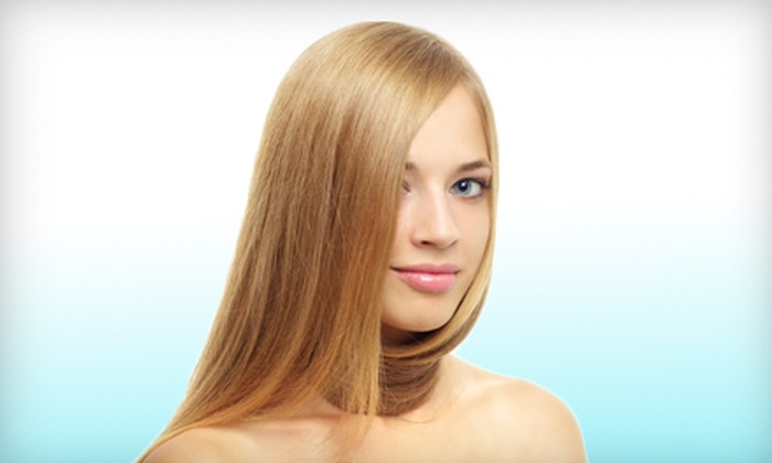 Salon H2O - Dongan Hills: Keratin Straightening Treatment or Keratin Straightening Treatment with a Haircut at Salon H2O on Staten Island