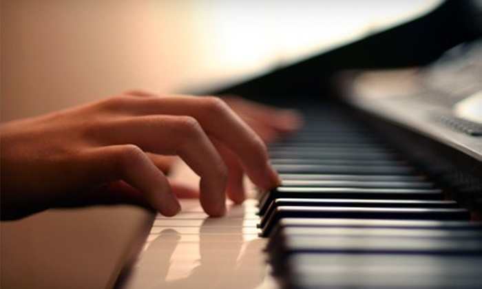 Beaches Conservatory of Music - Toronto: $39 for Four Introductory Group Lessons in Piano, Guitar, or Vocals at Beaches Conservatory of Music