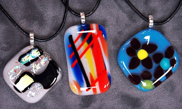 Glass Endeavors - Longfellow: $22 for a Pendant-Making Class at Glass Endeavors ($45 Value)