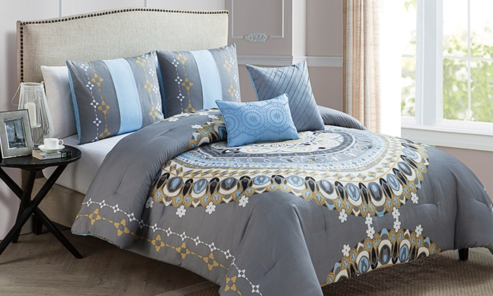 bedding comforter effie bow size from urban p plum outfitters medallion bed full