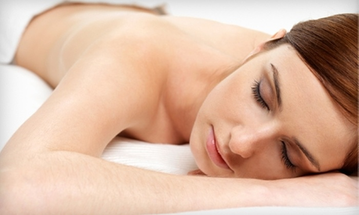 Venus Salon and Spa - Cascade-Fairwood: $90 for a Spa Package at Venus Salon and Spa in Renton