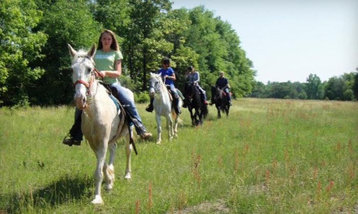 Graystone Ranch - South Augusta: $219 for a Friday–Sunday Weekend Getaway for Four at Graystone Ranch in Hephzibah ($475 Value)
