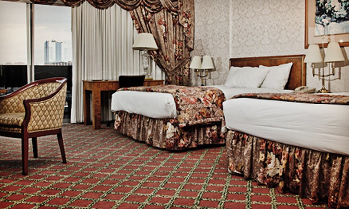 Michael's Inn Fallsview Hotel - Niagara Falls, Ontario: One-Night-Stay Package for Two in a Deluxe Guest Room or Jacuzzi Suite at Michael's Inn Fallsview Hotel (Up to 71% Off)