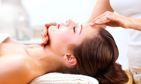 """1 o 2 sesiones de tratamiento facial """"Galvanic Spa System"""" para una persona desde 24,95 € en Charo Moya"""