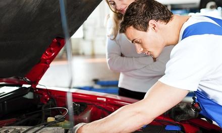 Cambio de aceite y filtro con pre-itv para coche por 34,90 € y con chequeo del circuito refrigerante por 54,90 €