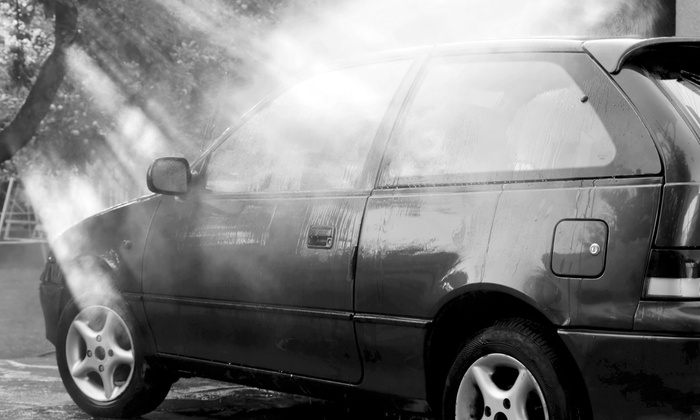 Pat's Express Car Wash - Orlando: $6 for a Super Ultimate Car Wash at Pat's Express Car Wash ($13 Value)