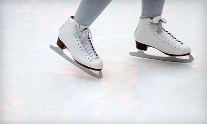 Lace'em Up Ice Skating - Carmody: $44 for Five-Week Ice-Skating or Hockey Lessons at Lace'em Up Ice Skating in Lakewood ($89 Value)