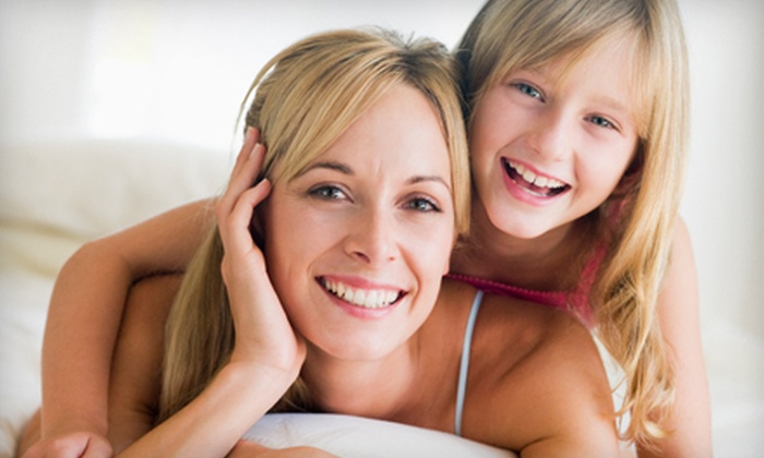 Steele Family Dentistry - Woodstock: $35 for a Dental Package with Exam, Cleaning, and X-rays at Steele Family Dentistry in Woodstock ($221 Value)