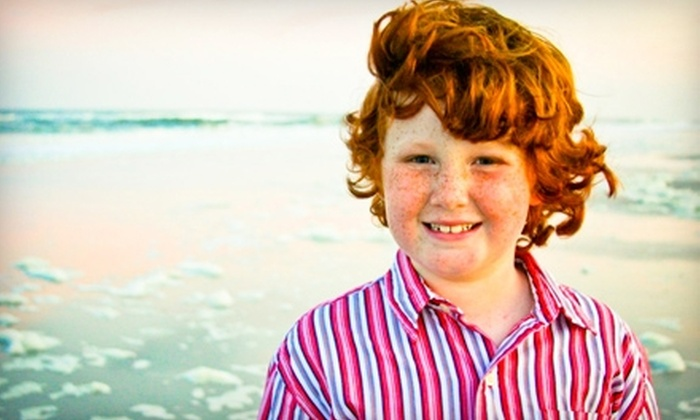 Hannah Joy Photography - Jacksonville Beach: $95 for One-Hour On-Location Photo Shoot for Up to Seven People and 15–20 Digital Images from Hannah Joy Photography ($275 Value)