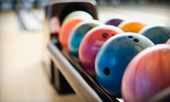 Ten Pin Lanes - Manville: $5 for Two Games of Bowling and Shoe Rental at Ten Pin Lanes in Manville (Up to $13.75 Value)