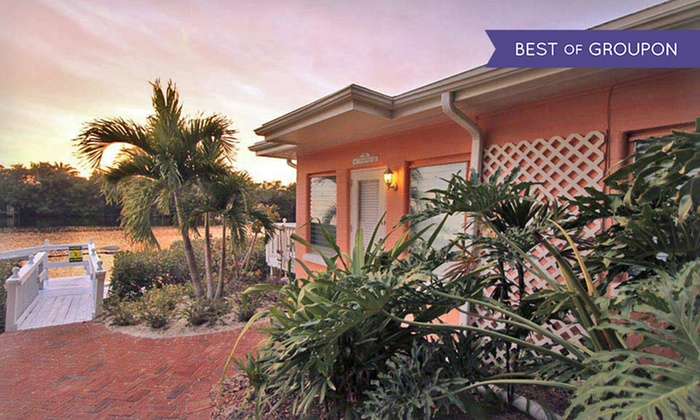 Siesta Key Bungalows - Siesta Key, FL: 3-, 5-, or 7-Night Stay for Two in a Beach Vacation Bungalow at Siesta Key Bungalows in Siesta Key, FL