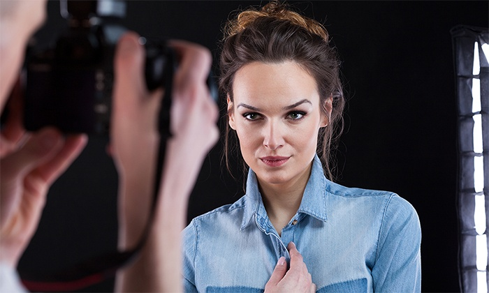 Stellar Photography Studios - Fort Laurderdale: 30- or 60-Minute In-Studio Photo Shoot for Up to Four with Prints at Stellar Photography Studios (66% Off)