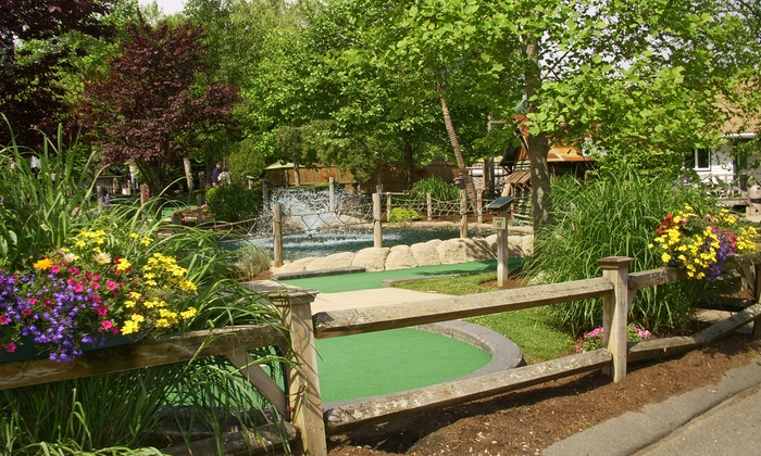 Paradise Family Golf - Middleton: Round of Mini Golf with Small Ice Creams for Two or Four at Paradise Family Golf (Up to 40% Off)
