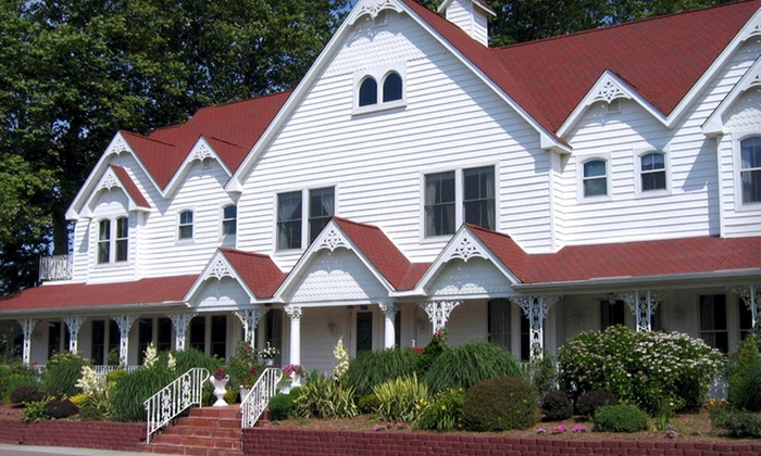 The Portly Grape - Greenport West: $239 for a Two-Night Stay for Two at The Portly Grape in New York