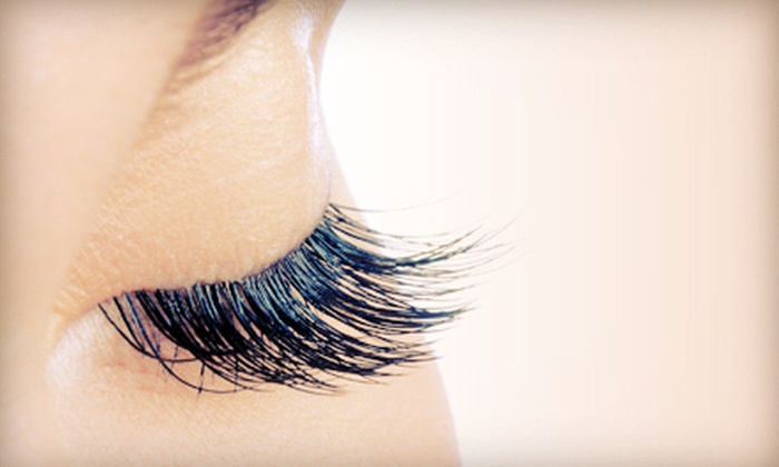 Le Cachet Lounge - Lenexa: Xtreme Lashes Eyelash Extensions or Facial Services at Le Cachet Lounge (Up to 61% Off)