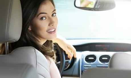 Curso intensivo teórico para obtener el carné de coche y 5, 8 o 10 clases prácticas desde 29,90 € en Autoescuela Benet Oferta en Groupon