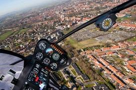 Toran Heliservice: Spectaculaire helikoptervlucht voor 1 persoon bij Toran Heliservice