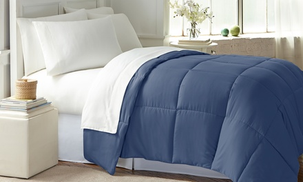 Wexley Home Microfiber Down-Alternative Comforter